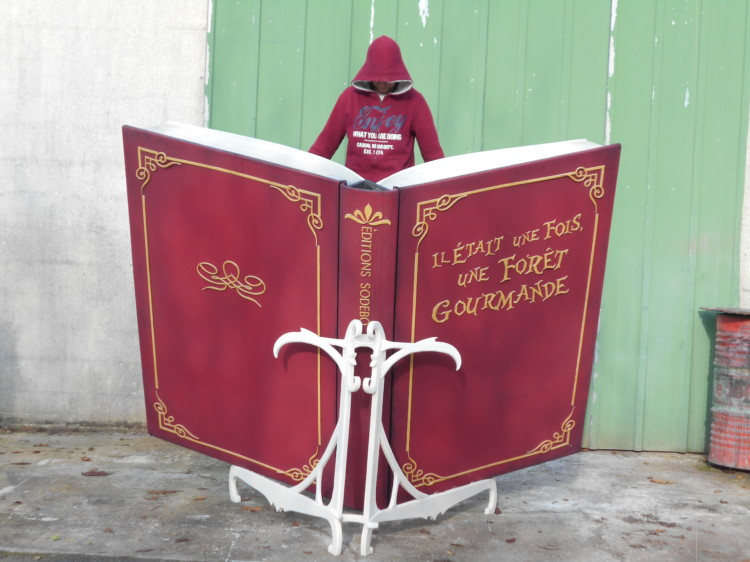 Pupitre - Livre Géant